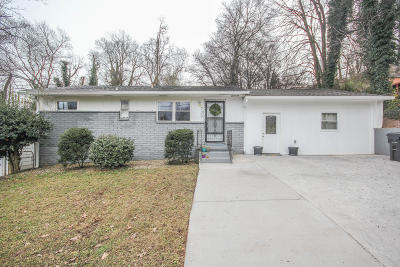 Knoxville Single Family Home For Sale: 700 Jonathan Ave