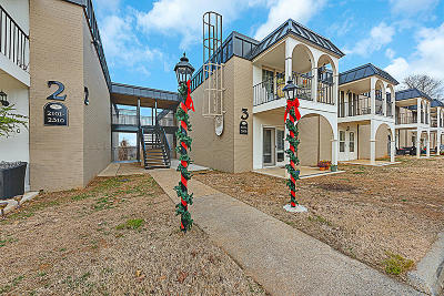 Condo/Townhouse For Sale: 5709 Lyons View Pike #Apt 3304
