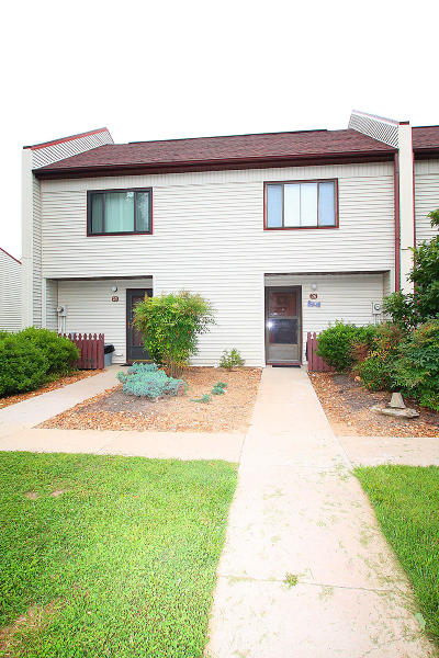 Crossville Condo/Townhouse For Sale: 26 Wilshire Heights Drive #26