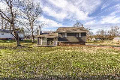 Rockford Single Family Home For Sale: 3440 Russellwood Drive