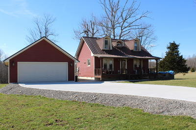 Crossville Single Family Home For Sale: 284 Stanley Hood Rd