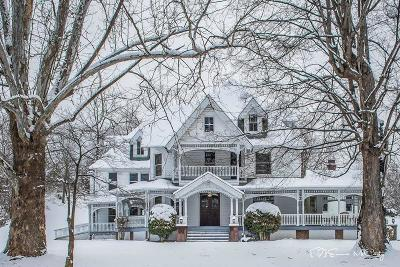 Lafollette Single Family Home For Sale: 203 S Indiana Ave
