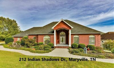 Maryville Single Family Home For Sale: 212 Indian Shadows Drive