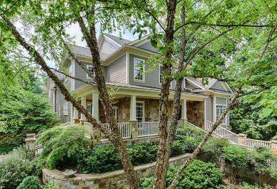 Knoxville Single Family Home For Sale: 3818 Kenilworth Drive