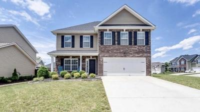 Knoxville Single Family Home For Sale: 1529 Chariot Lane