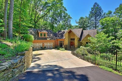 Single Family Home For Sale: 497 Foxridge Lane