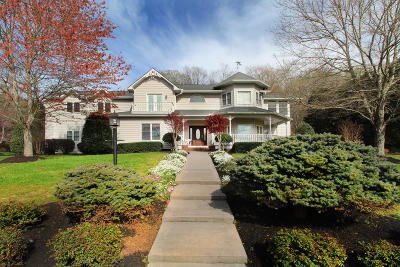 Knoxville Single Family Home For Sale: 11400 Berry Hill Drive
