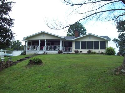 Jacksboro Single Family Home For Sale: 134 Old Pinecrest Rd