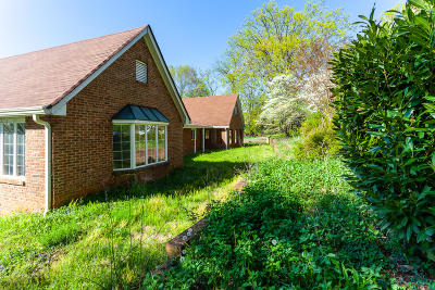 Knox County Single Family Home For Sale: 11130 Crown Point Drive