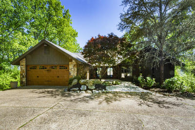 Single Family Home For Sale: 3713 Hollybrook Rd