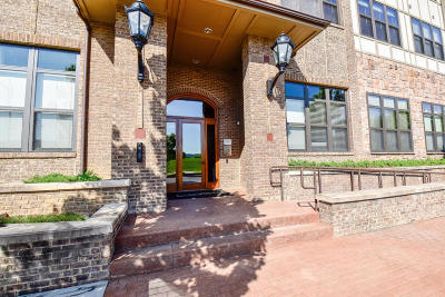 Condo/Townhouse For Sale: 445 W Blount Ave #Apt 208
