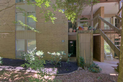 Knoxville Condo/Townhouse For Sale: 8500 Madrid Court #85