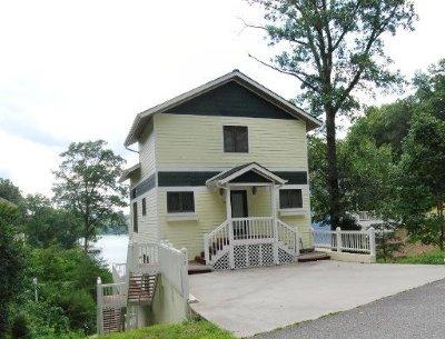 Lafollette Single Family Home For Sale: 517 Deerwood Lane
