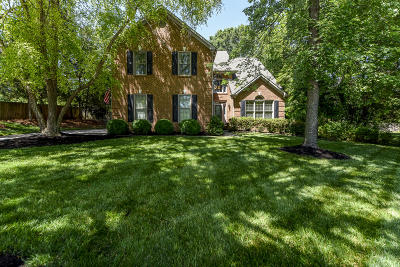 Knoxville Single Family Home For Sale: 11405 Glen Iris Lane