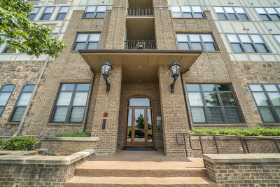 Knoxville Condo/Townhouse For Sale: 445 W Blount Ave #Apt 517