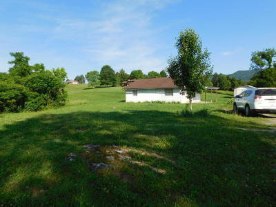 Claiborne County Single Family Home For Sale: 936 Old Jacksboro Pike