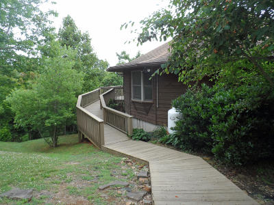 Claiborne County Single Family Home For Sale: 2049 Chimney Rock Rd