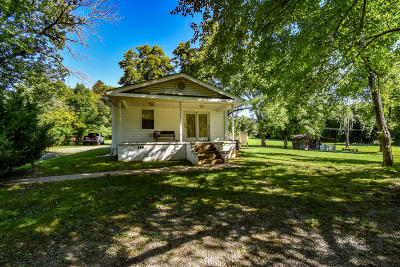 Single Family Home For Sale: 2438 E. Wolf Valley Rd