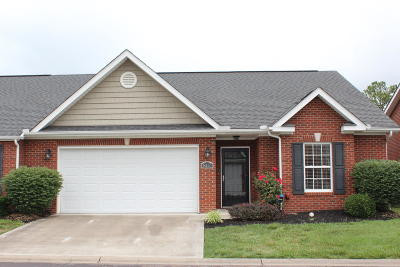 Knoxville Condo/Townhouse For Sale: 8117 Spice Tree Way