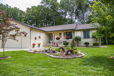 Crossville Single Family Home For Sale: 133 Lakeside Drive