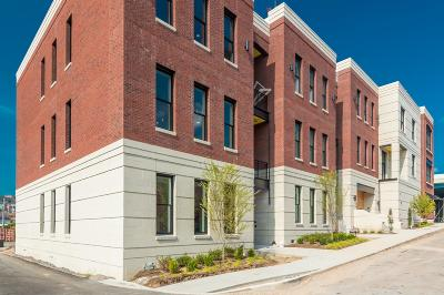 Knoxville Condo/Townhouse For Sale: 355 Ogden St #206
