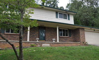 Knoxville Single Family Home For Sale: 10619 Alameda Drive