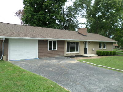 Single Family Home For Sale: 3819 Orangewood Rd