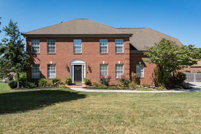 Knoxville Single Family Home For Sale: 3126 Whispering Oaks Drive