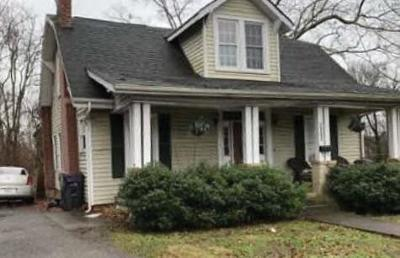 Knoxville Single Family Home For Sale: 1502 Washington Pike