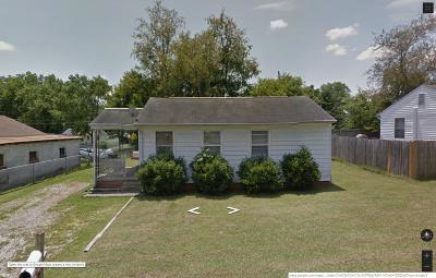 Maryville Single Family Home For Sale: 111 Norris Ave
