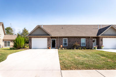 Maryville Condo/Townhouse For Sale: 2761 Waters Place Drive