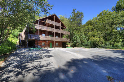 Sevierville Single Family Home For Sale: 414 Hideaway Ridge Circle