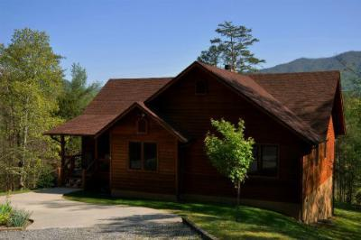 Single Family Home Sold: 480 Laurel Valley Rd