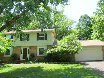 Single Family Home Sold: 11765 N Williamsburg Drive