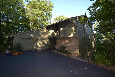 Gatlinburg Single Family Home For Sale: 1215 Wiley Oakley Drive