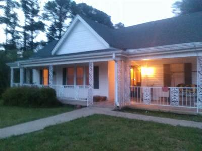 Selmer Single Family Home For Sale: 317 Pharr