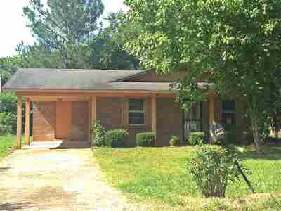 Holly Springs Single Family Home For Sale: 488 Coopwood
