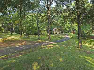 Memphis Single Family Home For Sale: 1605 W Massey