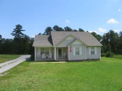 Michie Single Family Home For Sale: 82 Ty