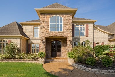 Collierville Single Family Home For Sale: 1655 Courts Meadows