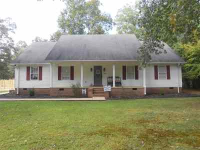 Savannah Single Family Home For Sale: 240 Cagle