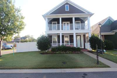 Memphis Single Family Home For Sale: 1432 Island Town