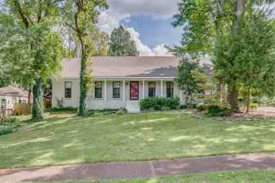 Cordova Single Family Home For Sale: 8615 Thorncliff