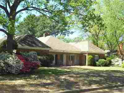 Germantown Single Family Home For Sale: 1937 Whispering Pines