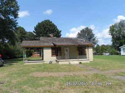 Savannah TN Single Family Home For Sale: $14,900