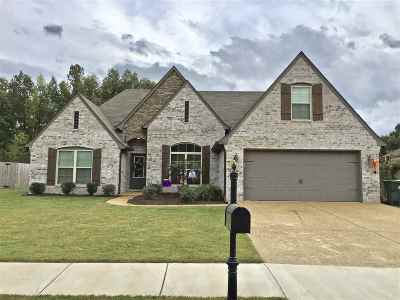 Bartlett Single Family Home For Sale: 7845 Country Lake