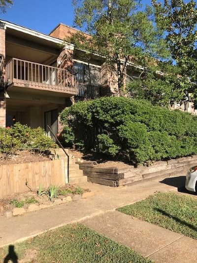 Germantown Condo/Townhouse For Sale: 6590 S Poplar Woods #2