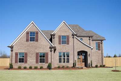 Olive Branch Single Family Home For Sale: 7978 Wisteria