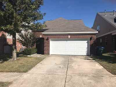 Arlington Single Family Home For Sale: 12120 Hidden Trails