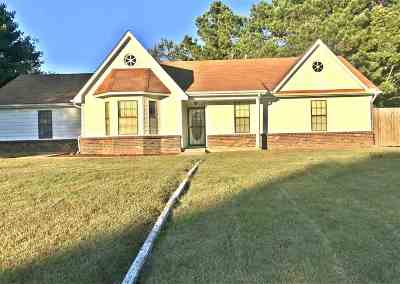 Millington Single Family Home For Sale: 123 Cheyenne
